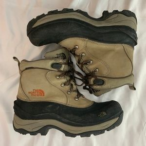 The North Face Shoes - North Face Primaloft Winter Grip Snow Boots 9.5